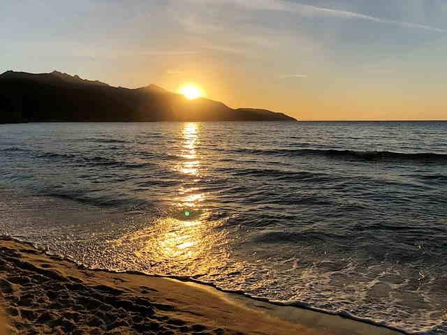 Isola D'elba al tramonto