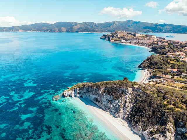 Scorcio Isola D'Elba